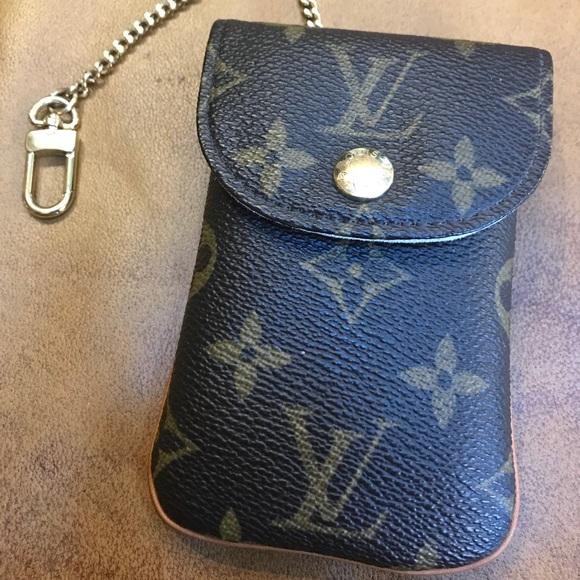 5e69028305b5 Louis Vuitton Accessories - LV RARE Etui cell phone holder!